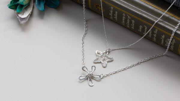 daisy-star-necklace